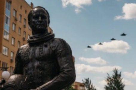 В Жуковском открыли памятник космонавту Игорю Волку