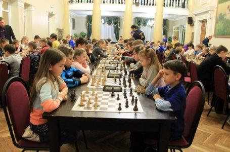 Что дает игра в шахматы ребенку?